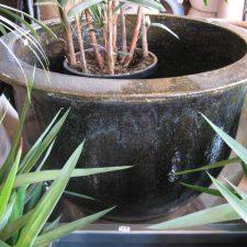 PP.+Planters+Pots+-bell+planter+glazed