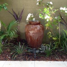 WF.+Water+Feature+-overflowing+vase+(1)