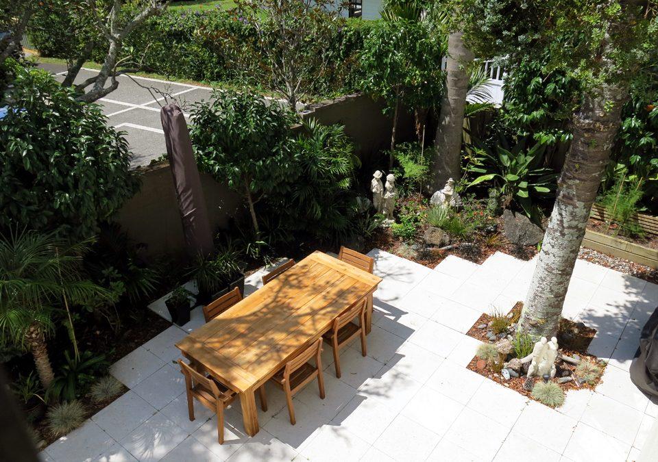 Epsom Courtyard Garden